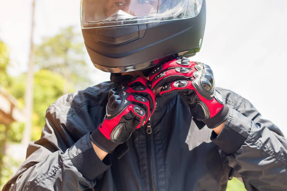 moto seguros evita