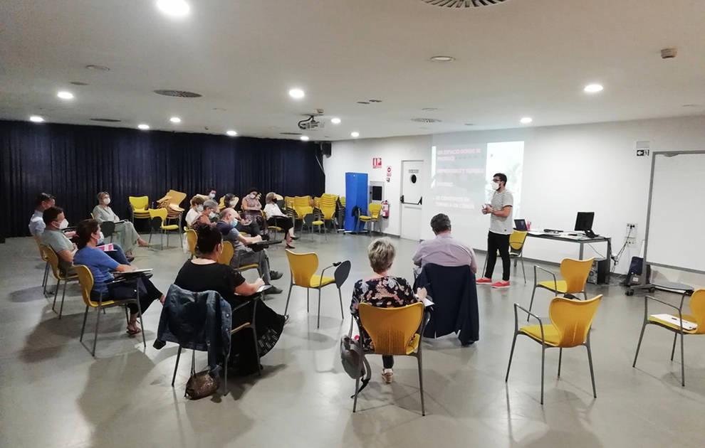 Nace #Labcivican, un servicio para promover el pensamiento y la cultura compartida