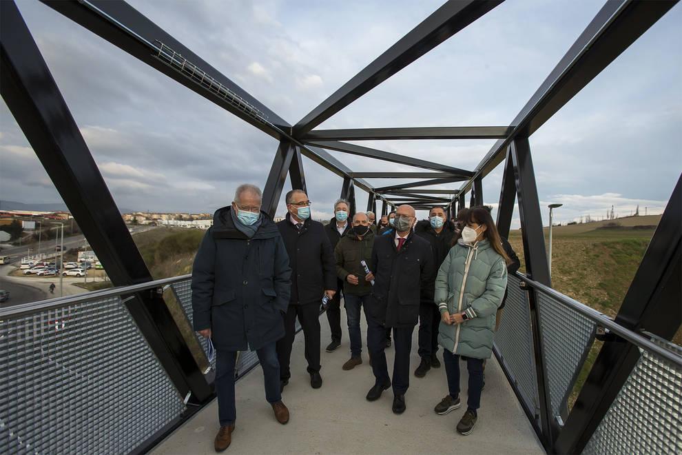 Abierta al tránsito la pasarela peatonal que conecta Pamplona y Orkoien