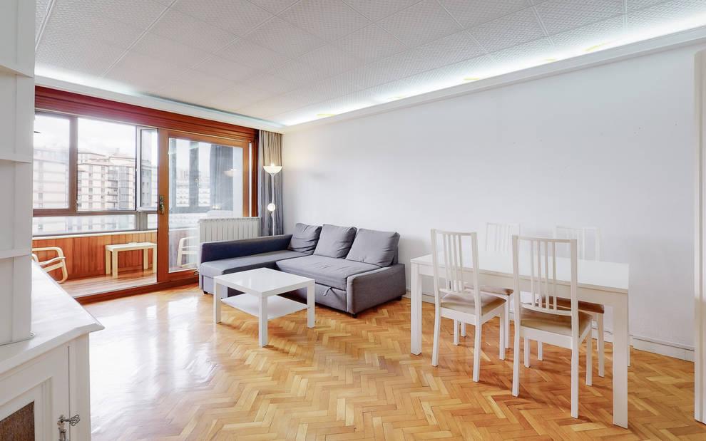 Un bonito piso con terraza en Monasterio de Azuelo