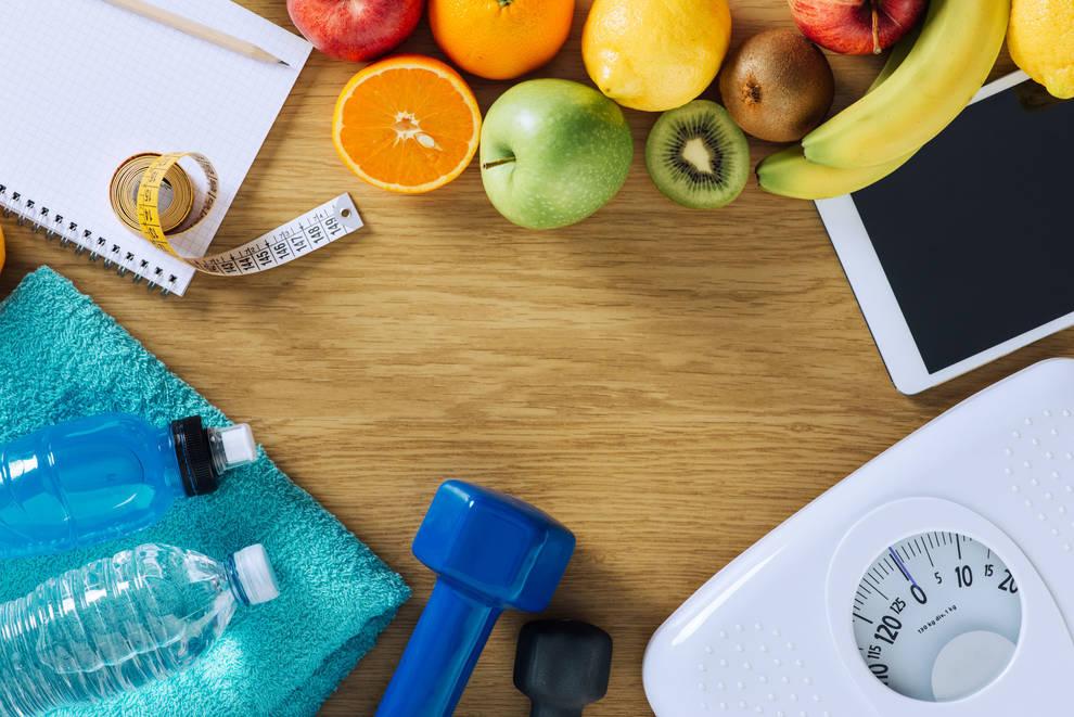 Imagen de distintos objetos que simbolizan los hábitos que hay que seguir para conseguir disfrutar de una vida sana