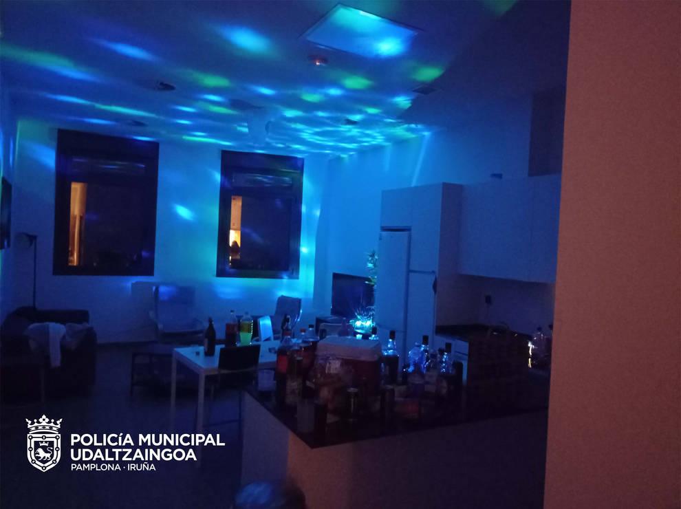 Policía Municipal interviene en siete fiestas ilegales en Pamplona