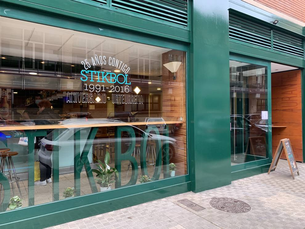 El restaurante Stik Bol de Pamplona reabre un año después
