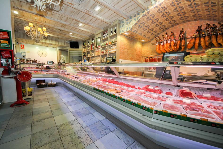 Interior de Carnicería Irure.