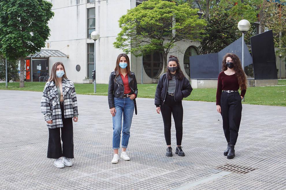 """Cuatro alumnas de la UPNA se clasifican para la fase final del certamen de simulación empresarial """"Business Talents"""""""