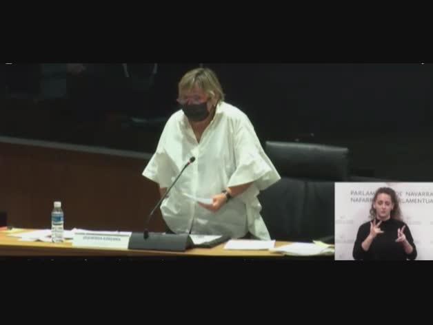 """De Simón (I-E) dice al Gobierno que flexibilizar medidas ahora es """"una barbaridad"""""""