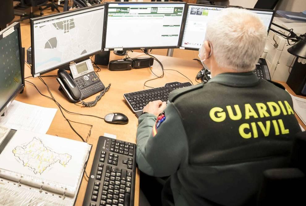 Investigan a un joven de 23 años por tres hurtos en Noáin