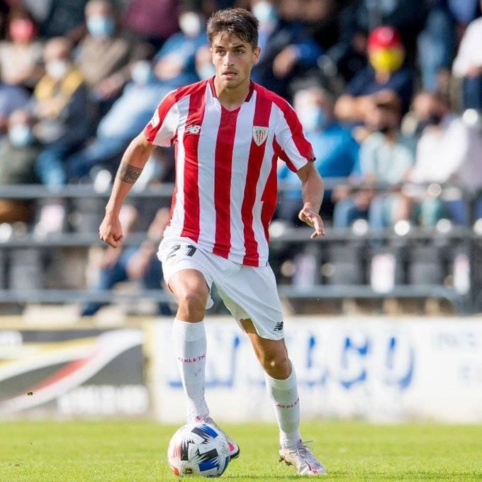 El navarro Beñat Prados renueva con el Athletic Club hasta 2025