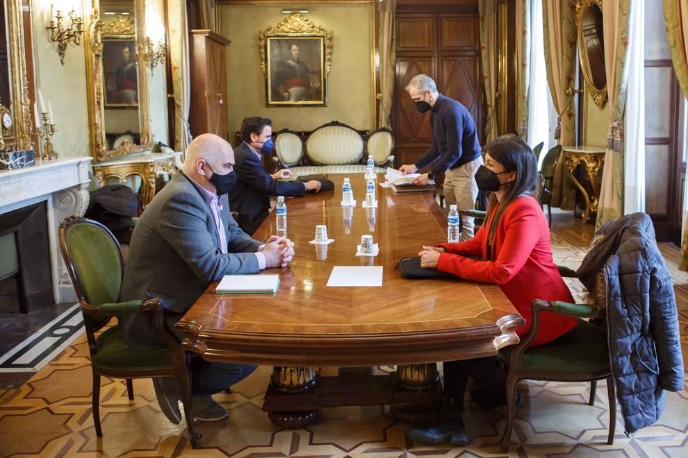 El Gobierno tramitará el nuevo PSIS del polígono para favorecer la implantación de industrias de gran superficie