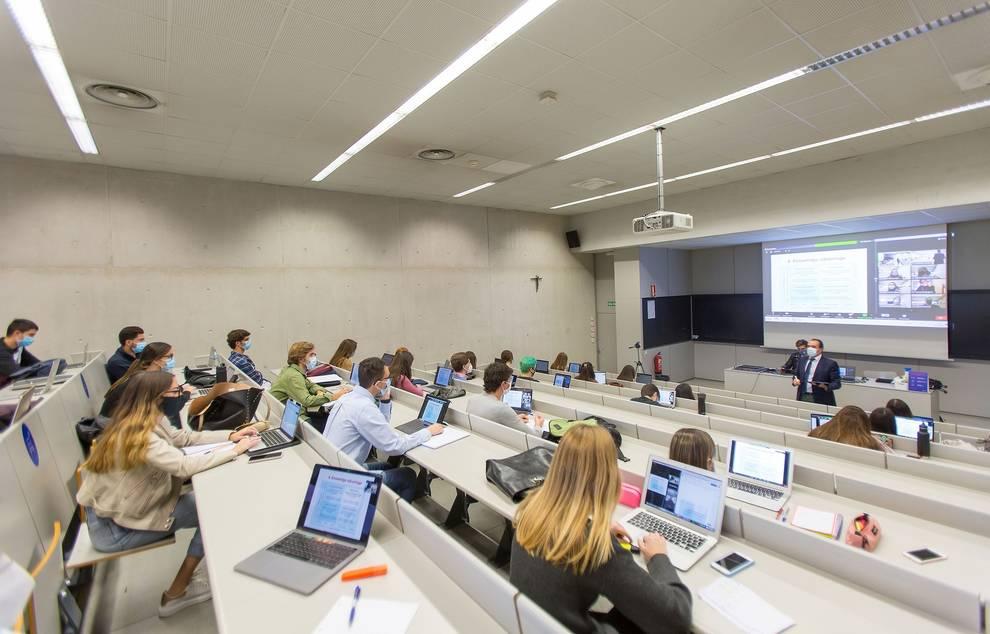 Doce grados de la Universidad de Navarra, entre los mejores de España, según el ranking de El Mundo