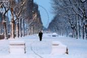 La nieve suma a París en el caos pero deja imágenes espectaculares