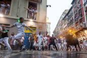 Fotos del segundo encierro de San Fermín 2018