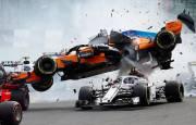 Tremendo accidente de Fernando Alonso en la primera curva del GP de Bélgica