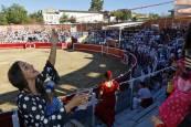 Becerrada popular y encierro en el tercer día de las fiestas de Sangüesa