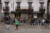 Masiva afluencia de turistas en Irati durante el puente del Pilar