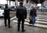 La hebilla de un cinturón provoca el desalojo de Sants y Atocha