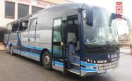 Imágenes de los daños causados por el autobús robado en Tafalla
