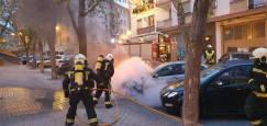 Incendio de coches y motos en Pamplona