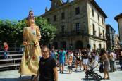 Etxarri Aranatz 'abre boca' con su ikastola en fiestas de Etxarri