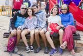 Diversión en familia en la fiesta de la espuma de Ayegui