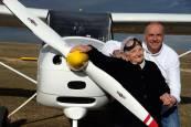 El vuelo soñado de Pilar a sus 90 años
