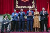 Fotos de la entrega la Medalla de Oro de Navarra a ADACEN