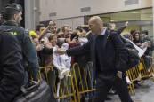 Fotos de la llegada del Real Madrid al aeropuerto de Noáin