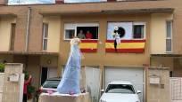 Fotos de una peculiar Bajada del Ángel en Tudela