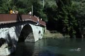 Fotos: Las altas temperaturas animan a disfrutar del agua en las zonas de baño natural de Navarra