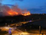 Incendio de un campo de cereal en Mendillorri