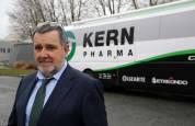 Fotos de la trayectoria de Manolo Azcona, presidente del equipo ciclista Kern Pharma