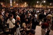 Fotos de aglomeraciones de madrugada en algunas ciudades tras el fin del estado de alarma