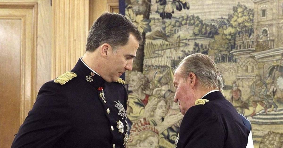 Rey Juan Carlos Don Juan Carlos De Principe A Padre Del Rey 40 Anos Despues Noticias De Nacional En Diario De Navarra