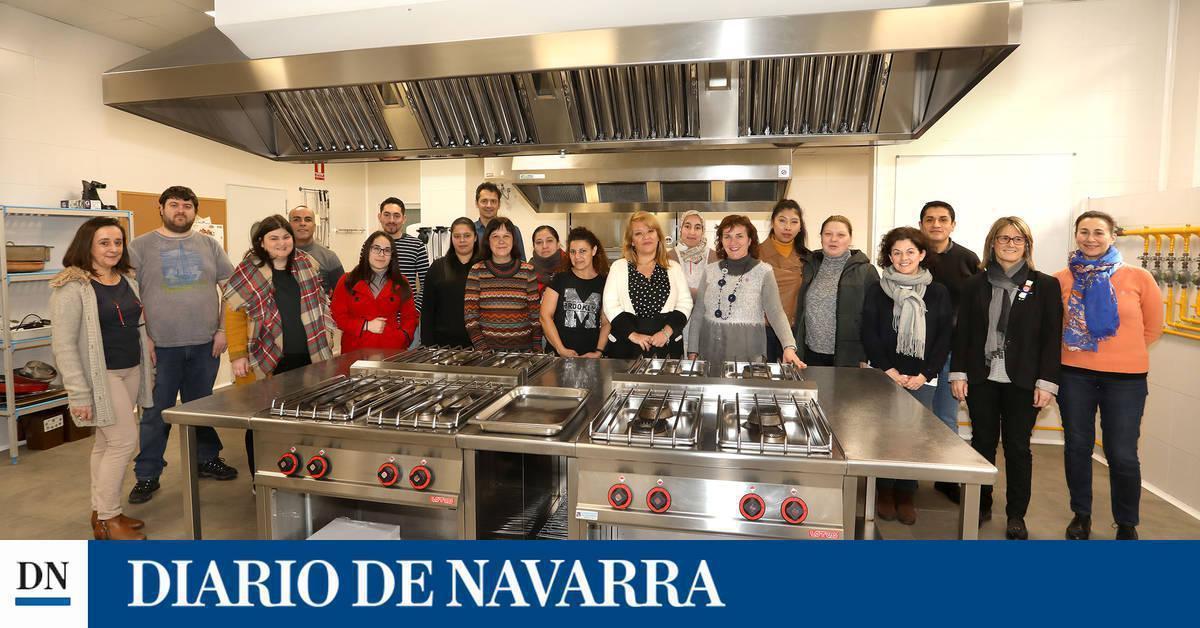 15 personas en desempleo inician el primer curso de cocina de este a o noticias de pamplona y - Cursos de cocina en pamplona ...