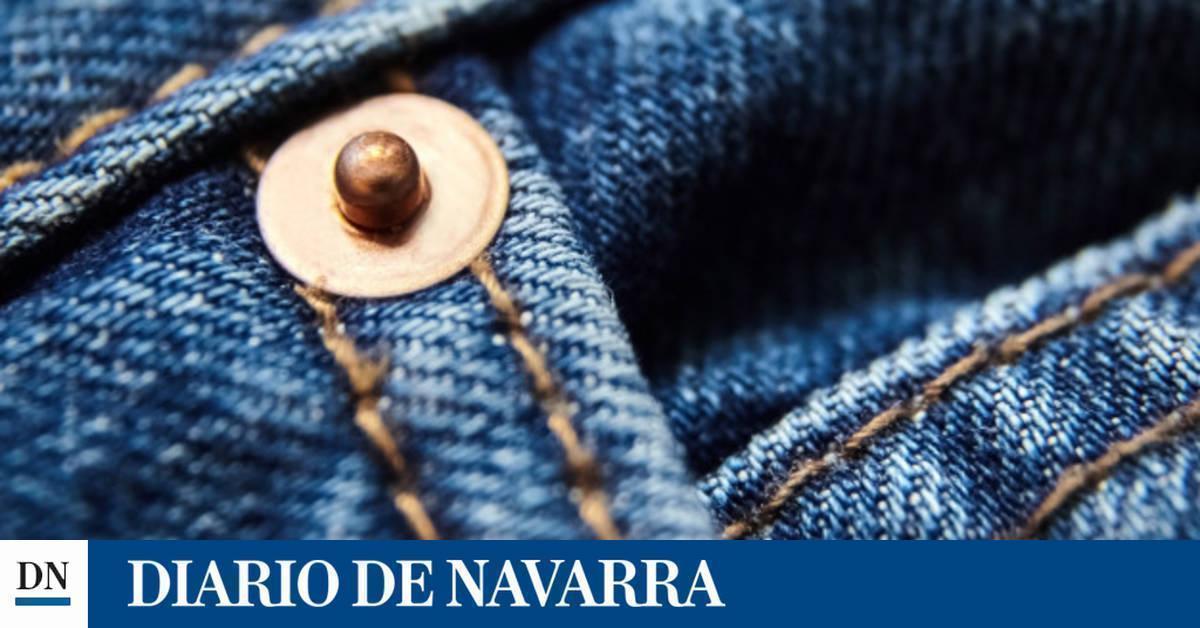 Pantalones Con Manchas De Hierba Por 700 Euros El Ultimo Diseno De Gucci Noticias De Moda En Diario De Navarra