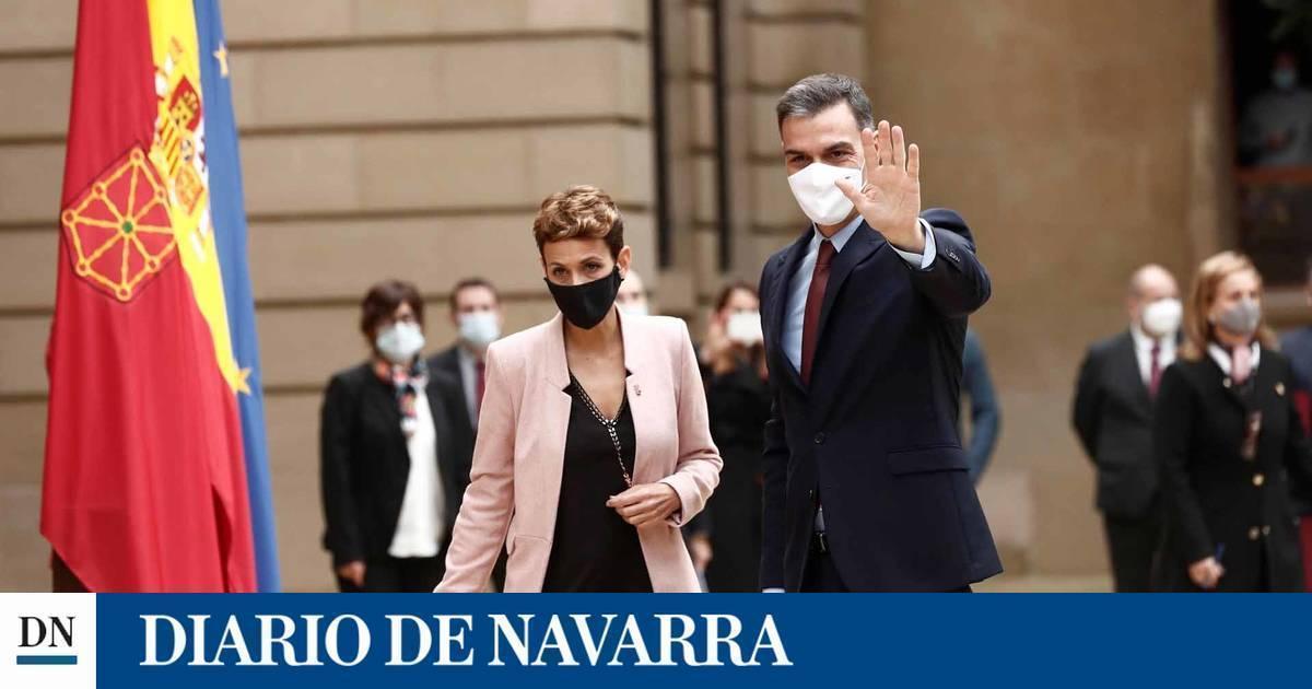 Pedro Sánchez se reúne con María Chivite en el Palacio de Navarra