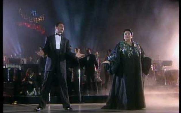 Caballé y Mercury cantan 'Barcelona'